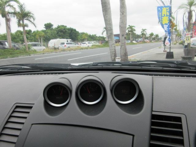 ベースグレード 社外20インチアルミ 車高調 LSD 社外フロントバンパー NISMOシフトノブ リアスポ(8枚目)