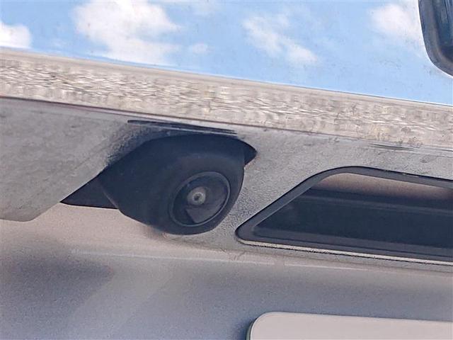X ワンセグ メモリーナビ バックカメラ ETC LEDヘッドランプ ウオークスルー 乗車定員8人 3列シート 記録簿(17枚目)