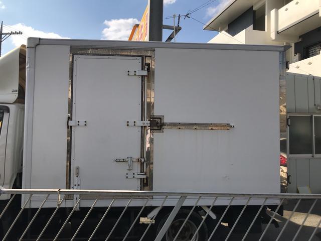 冷凍冷蔵車 5速MT バックカメラ(7枚目)
