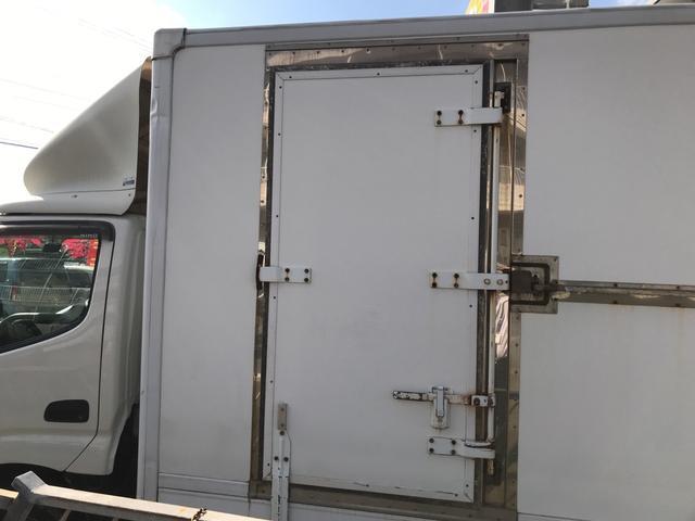 冷凍冷蔵車 5速MT バックカメラ(8枚目)