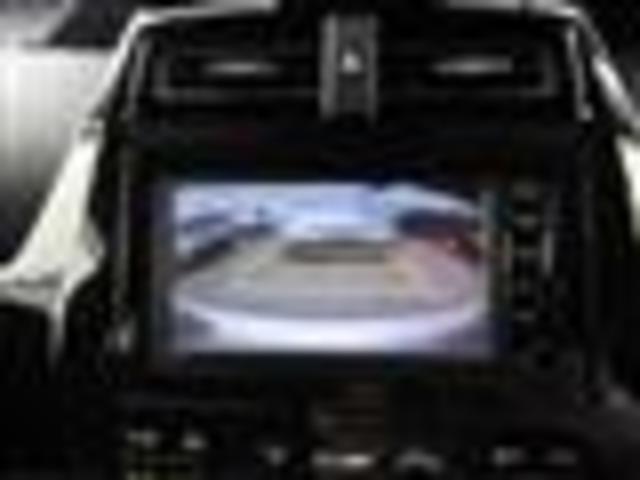 トヨタ プリウス S