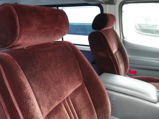 トヨタ ハイエースワゴン キャンピング 3000ディーゼル