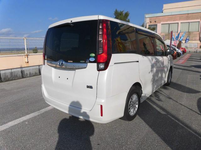 「トヨタ」「ノア」「ミニバン・ワンボックス」「沖縄県」の中古車4