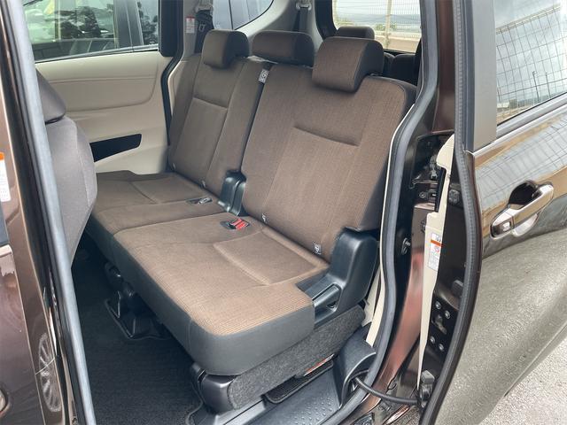 ハイブリッドG トヨタセーフティセンス 両側パワースライドドア SDナビ・フルセグTV・DVD・Bluetooth・バックカメラ(11枚目)