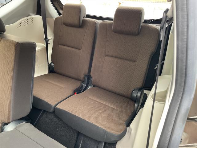ハイブリッドG トヨタセーフティセンス 両側パワースライドドア SDナビ・フルセグTV・DVD・Bluetooth・バックカメラ(12枚目)