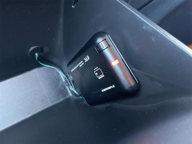 ハイブリッドZ あんしんパッケージ SDナビ・フルセグTV・DVD・Bluetooth・バックカメラ(14枚目)