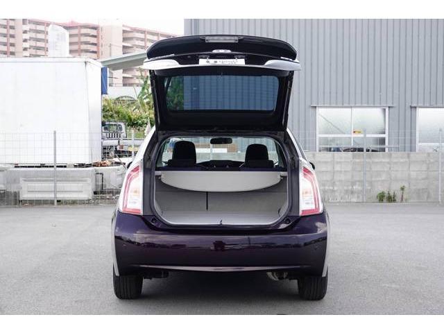 「トヨタ」「プリウス」「セダン」「沖縄県」の中古車18
