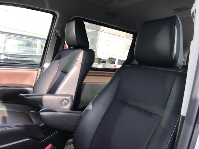 トヨタ エスクァイア ハイブリッドGi 両側パワースライドドア シートヒーター