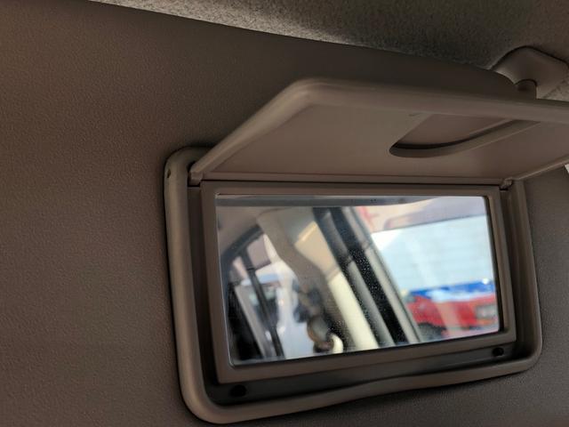 E FOUR 4WD スタッドレスタイヤ付き スマートキー エンジンスターター オートエアコン シートヒーター 社外13インチアルミ 後席分割シート アクセサリーソケット(40枚目)