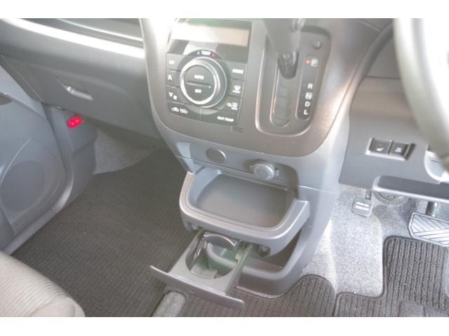 S 4WD SDナビフルセグTV バックカメラ 両側電動ドア(13枚目)