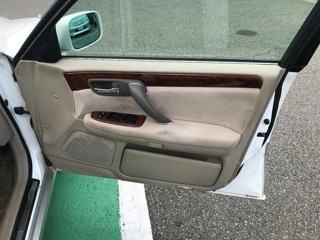 「トヨタ」「クラウンエステート」「ステーションワゴン」「富山県」の中古車17