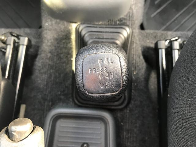 X 5速マニュアル 4WD 車検2年付!(14枚目)