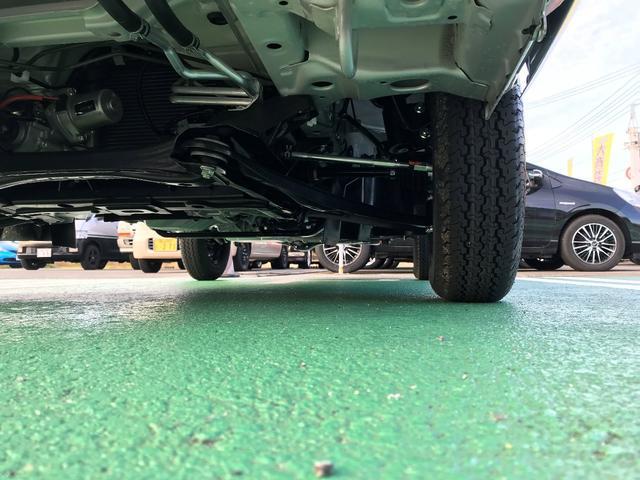 KUスペシャル 4WD AC PS デュアルカメラブレーキサポート 後方誤発進抑制 オートライトシステム パワーウインドウ キーレス(23枚目)