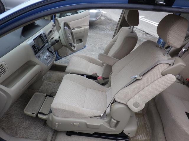 トヨタ ラウム 4WD助手席リフトアップ ウエルキャブ 福祉車両ウインチ付