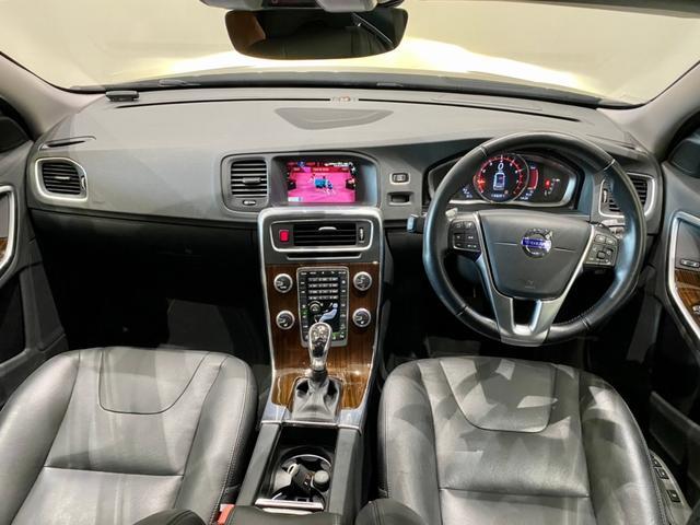 クロスカントリー T5 AWD SE ボルボインテリセーフ ボルボ純正ナビTV バックカメラ パドルシフト ダウンヒルアシストコントロール 衝突被害軽減システム 車検整備2年付き(7枚目)