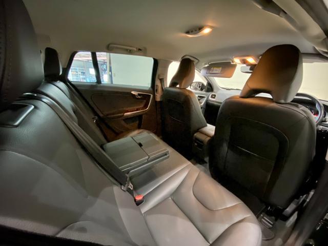 クロスカントリー T5 AWD SE ボルボインテリセーフ ボルボ純正ナビTV バックカメラ パドルシフト ダウンヒルアシストコントロール 衝突被害軽減システム 車検整備2年付き(11枚目)