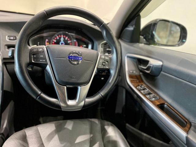 クロスカントリー T5 AWD SE ボルボインテリセーフ ボルボ純正ナビTV バックカメラ パドルシフト ダウンヒルアシストコントロール 衝突被害軽減システム 車検整備2年付き(19枚目)