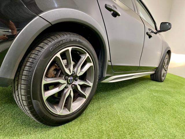 クロスカントリー T5 AWD SE ボルボインテリセーフ ボルボ純正ナビTV バックカメラ パドルシフト ダウンヒルアシストコントロール 衝突被害軽減システム 車検整備2年付き(28枚目)
