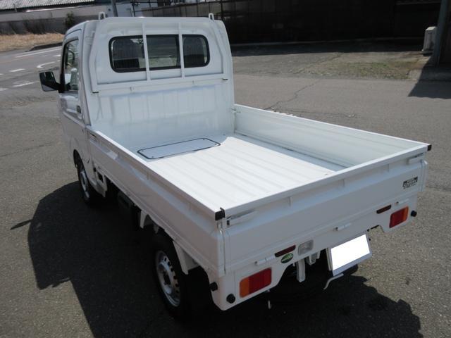 KCエアコン・パワステ 4WD 5MT 届出済未使用車(6枚目)