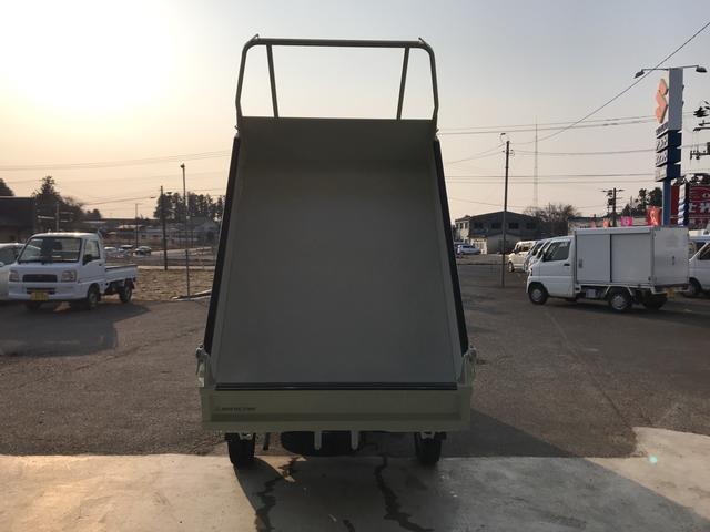 ダンプ エアコン パワステ 4WD 5速マニュアル(4枚目)