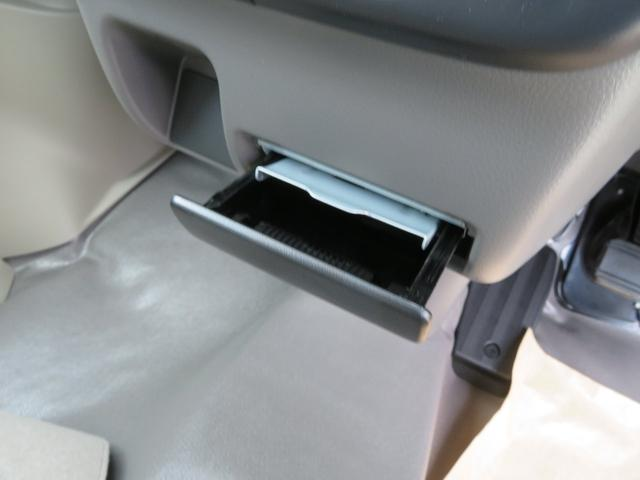 PC セーフティサポート 4WD AM/FMラジオ パワステ エアコン オートライト パワーウインドウ スモークガラス キーレス(9枚目)