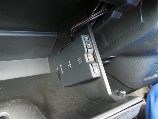 ハイブリッドXS 純正8インチナビ 全方位カメラ ETC 前後ドライブレコーダー セーフティサポート 純正ドアバイザー 純正フロアマット 両側パワースライドドア LEDヘッドライト リモコンキー2個(6枚目)