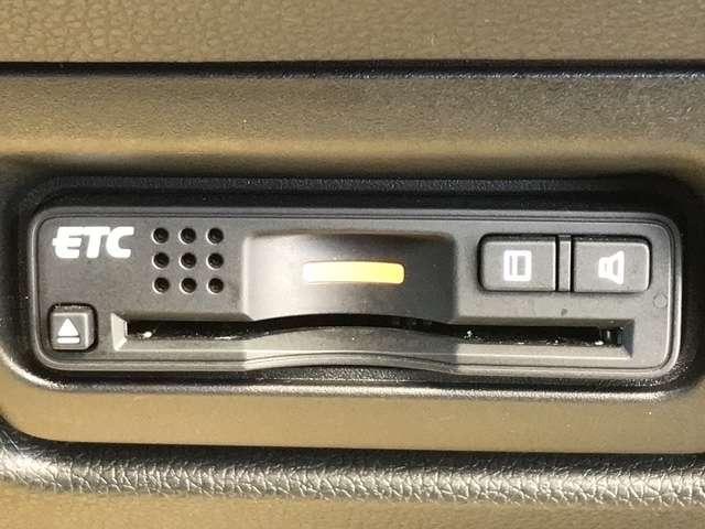 スパーダ・クールスピリット ホンダセンシング ホンダセンシング 両面電動スライドドア 純正メモリーナビ 後席モニター バックカメラ シートヒーター 純正アルミ LED ETC Bluetooth CD DVD再生 車検R4年6月 7人乗り(13枚目)