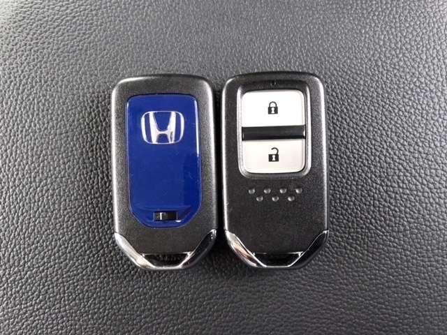 ハイブリッドZ ワンオーナー 走行39600km あんしんパッケージ 衝突軽減ブレーキ  LEDライト ETC 社外前ドラレコ 純正メモリーナビ バックカメラ Bluetooth CD DVD再生 純正17アルミ(17枚目)