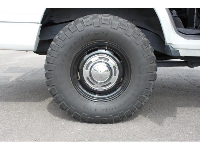 タイヤサイズ 255/85-16