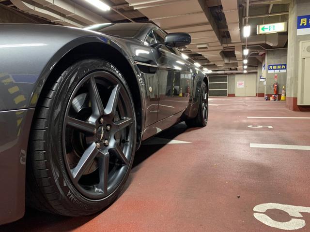 「アストンマーティン」「アストンマーティン V8ヴァンテージ」「クーペ」「東京都」の中古車9