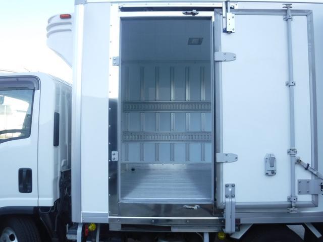 3.0ディーゼルターボ 2トン冷蔵冷凍車 サイドトビラ(4枚目)