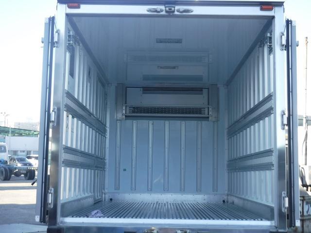 3.0ディーゼルターボ 2トン冷蔵冷凍車 サイドトビラ(5枚目)