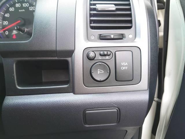 ZX 【1年保証付♪】 4WD ワンオーナー 禁煙 革シート 純正ナビ Bカメラ ETC(28枚目)
