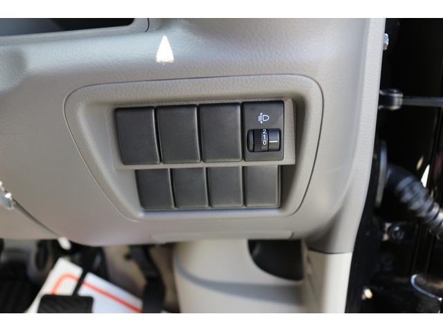 サイドエアバッグ標準装備です。サイドエアバッグが標準の車はまだまだ少ないですが、安全面に考慮された一台です。安心にプラスαで満足度の高い装備ですね。