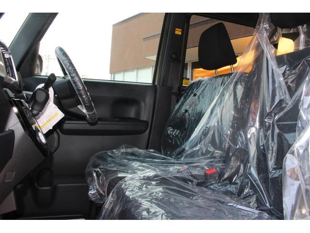GターボSAIII  届出済未使用車 両側自動ドア LEDライト キーフリー スマートキー 衝突被害軽減ブレーキ アイドリングストップ(9枚目)