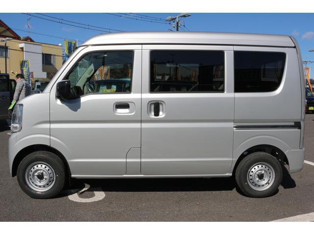 ☆側面ボディ☆空気抵抗も考慮したスタイリッシュで実用性のあるボディラインで軽自動車とは思えないカッコよさ!