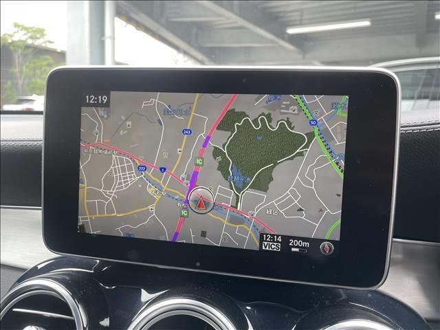 GLC 250 4MATIC スポーツ 純正ナビゲーション 全方位カメラ 衝突軽減システム パワーシート 4WD ハーフレザー シートヒーター ヘッドアップディスプレイ パワーバックドア LEDヘッド 純正アルミ(3枚目)