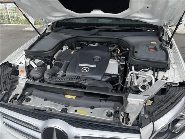 GLC 250 4MATIC スポーツ 純正ナビゲーション 全方位カメラ 衝突軽減システム パワーシート 4WD ハーフレザー シートヒーター ヘッドアップディスプレイ パワーバックドア LEDヘッド 純正アルミ(18枚目)