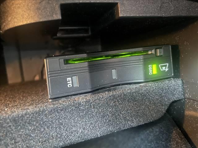 GLC220d 4マチック 純正ナビ TV 全方位カメラ 衝突軽減 4WD ディーゼル パワーシート ハーフレザー レーダークルーズ ドライブレコーダー(9枚目)