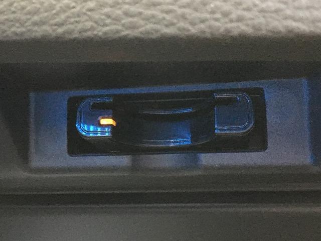 トヨタ ハリアー プレミアム スタイルモーヴ サンルーフ BIG-X9型ナビ
