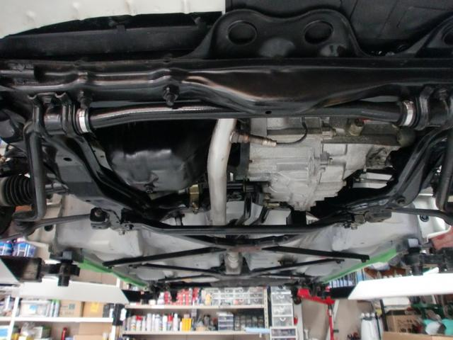 エンジン下のお写真です☆こちらも清掃済です♪