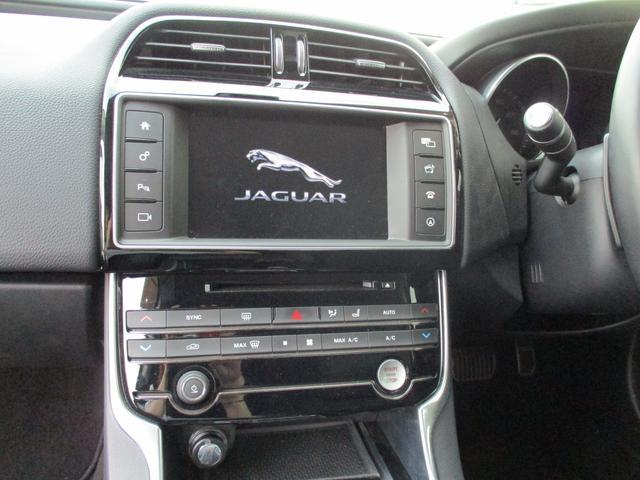 「ジャガー」「XE」「セダン」「愛知県」の中古車11