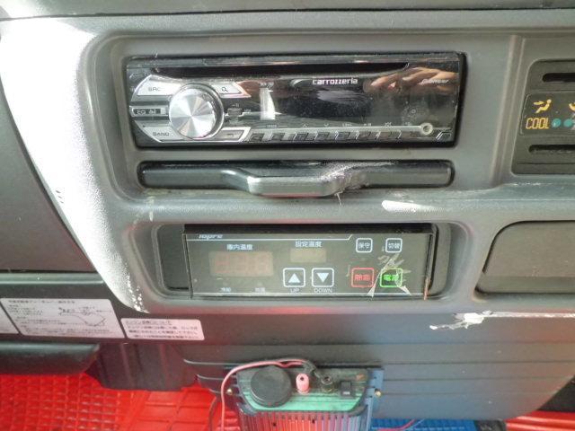 4.8ディーゼル -30°低温冷凍車 サイド扉付き 4WD(15枚目)