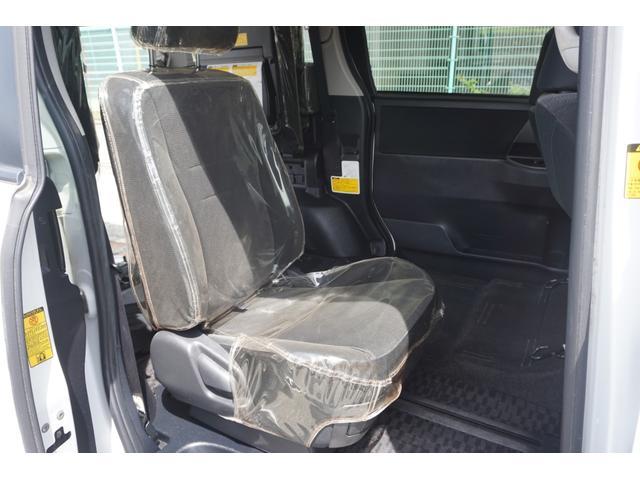 スローパー 車椅子2脚仕様 サードシート付 電動ウィンチ(25枚目)
