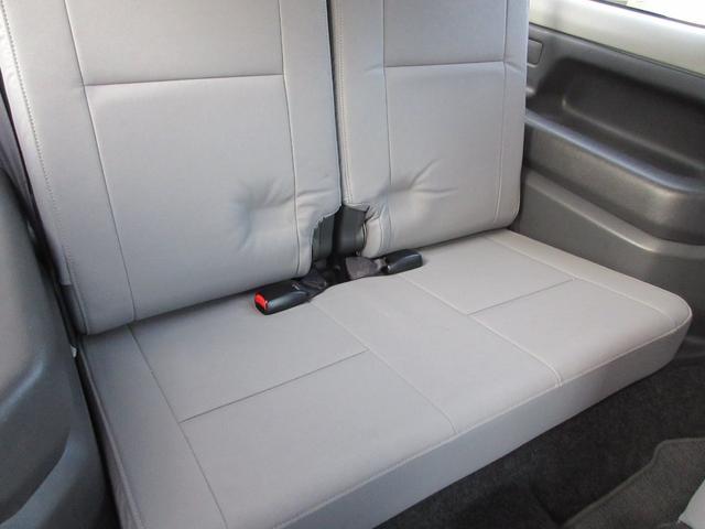 ランドベンチャー 4WD リフトアップ HDDナビ シートヒーター ETC ワンオーナー仕入れ(11枚目)