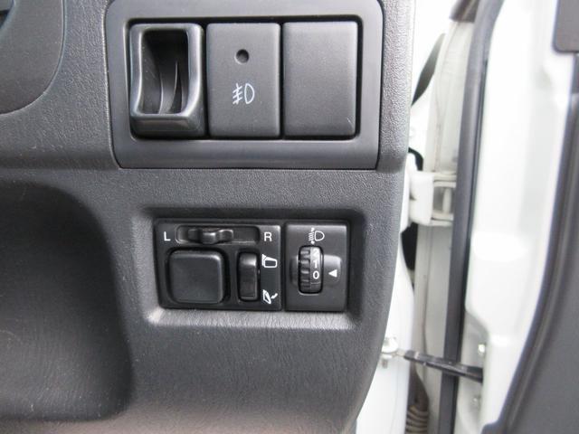 ランドベンチャー 4WD リフトアップ HDDナビ シートヒーター ETC ワンオーナー仕入れ(17枚目)