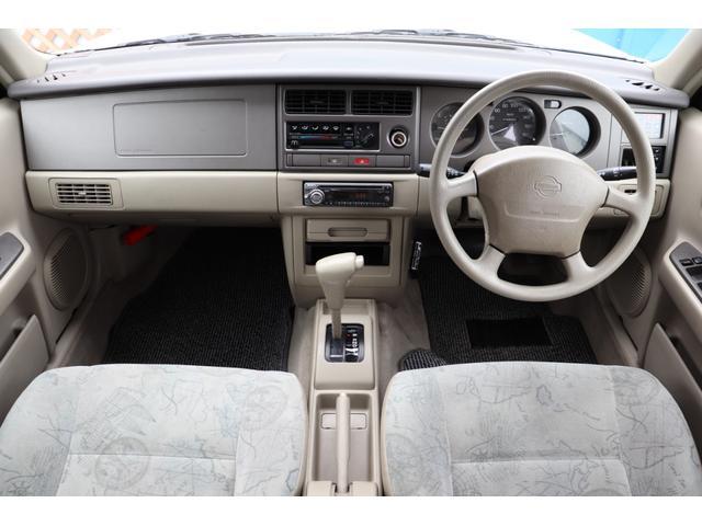 タイプA 4WD 背面タイヤ ルーフレール キーレス CD(4枚目)