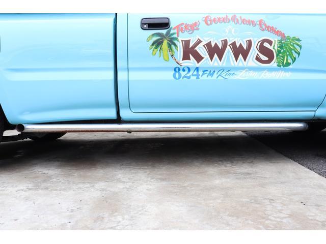 DX イベント出品車両・オリジナルカスタムペイント・シート張替え・SDナビ・TV・ETC・バックカメラ・ローダウン・ベビームーン・ホワイトレタータイヤ・ベンチシート・ウッドステアリング・チューブステップ(31枚目)