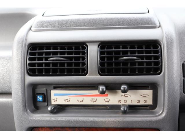 ディアス クラシック 40thアニバーサリー リビルトエンジン載せ替え(走行0km)・タイミングベルト交換・1000台限定車・ホワイトルーフ・メッキバイザー・ハイルーフ(33枚目)