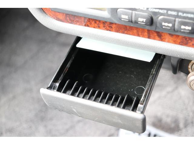 ディアス クラシック 40thアニバーサリー リビルトエンジン載せ替え(走行0km)・タイミングベルト交換・1000台限定車・ホワイトルーフ・メッキバイザー・ハイルーフ(36枚目)